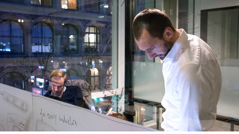 Mit Process Mining Unternehmensprozesse digital analysieren: Schaltzentrale für Daten