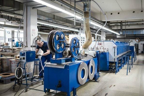 Die Feintechnik-Fabrik in Eisfeld: Ein US-Startup legte 100 Millionen US-Dollar auf den Tisch. (Foto: Harry's)