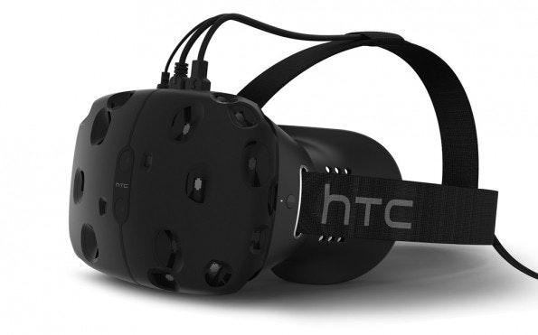"""Die VR-Brille """"Re Vive"""" von HTC und Steam: Sieht in der Tat noch klobig aus, aber die virtuellen Welten, die mit der Brille dargestellt werden, sind beeindruckend (Bild: HTC)"""