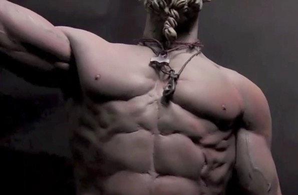 """Dem """"Technoviking"""" wurden sogar Actionfiguren gewidmet. (Screenshot: The Story of Technoviking – Trailer)"""