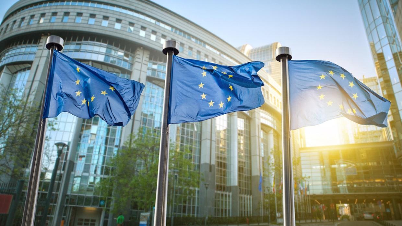 Weitere EU-Finanzminister für stärkere Besteuerung von Google und Co.