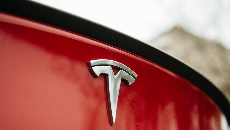 Frisches Kapital fürs Model 3: Tesla braucht über eine Milliarde Dollar