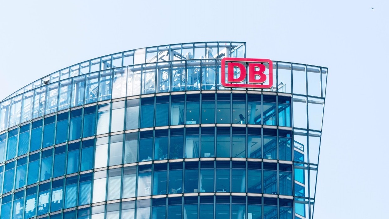 """DB-Vorstand Jeschke: """"Unsere Systeme sind am Anschlag"""""""