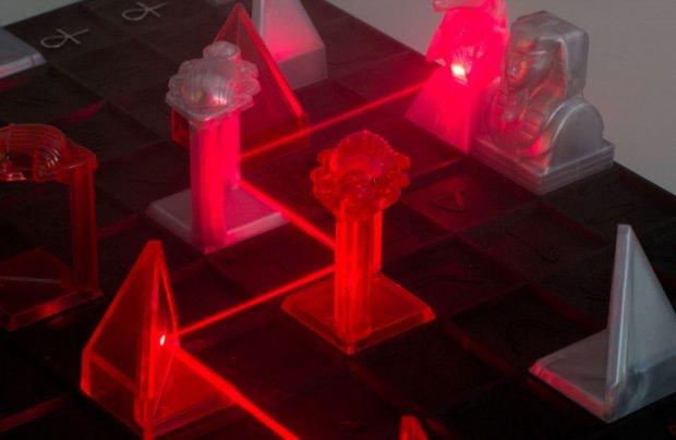 Strategie und echte Laser! Mehr muss man zu diesem Brettspiel nicht sagen. (Foto: Getdigital)