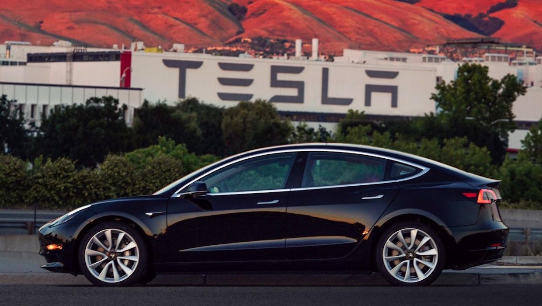 "Tesla: Model 3 bereits Bestseller in den USA – Model Y bringt ""Fertigungsrevolution"""