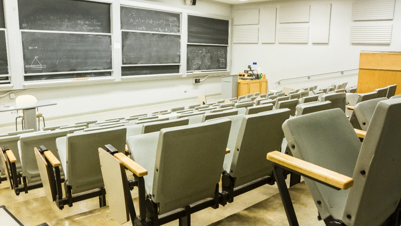 FH-Studium statt Uni? Gute Idee für die Karriere