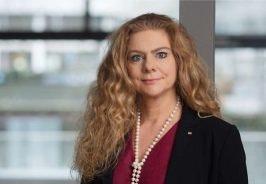 Frau fürs Grobe? Mit Sabina Jeschke hat sich die Deutsche Bahn eine bekannte Wissenschaftlerin ins Haus geholt. Auftrag: Ausmisten und digitalisieren. (Foto: Deutsche Bahn)
