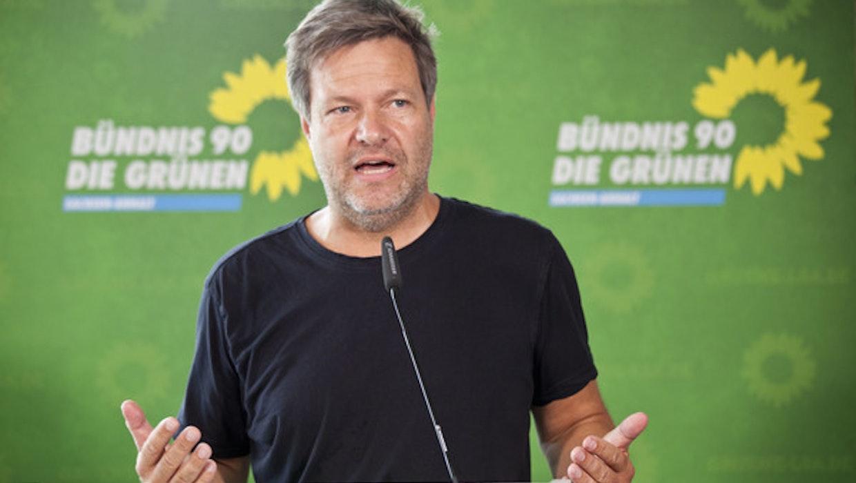 """Grünen-Chef Robert Habeck: """"Facebook ist keine Plattform"""""""