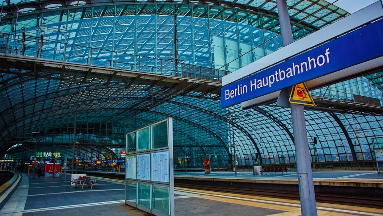 Bahn startet kostenloses WLAN an mehr als 100 Bahnhöfen