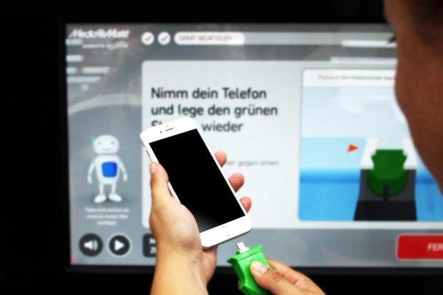 Handyankauf-Automat von Ecoatm bei Media Markt: Diagnose des Gerätes