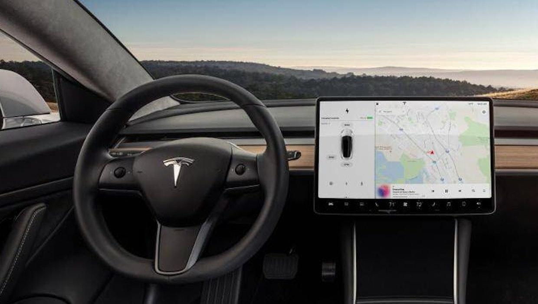 Full Self-Driving: Tesla fährt (fast) ganz alleine von San Francisco nach Los Angeles