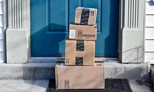 Versandkosten sparen bei Amazon: So klappt's mit Füllartikeln und Gutscheinen