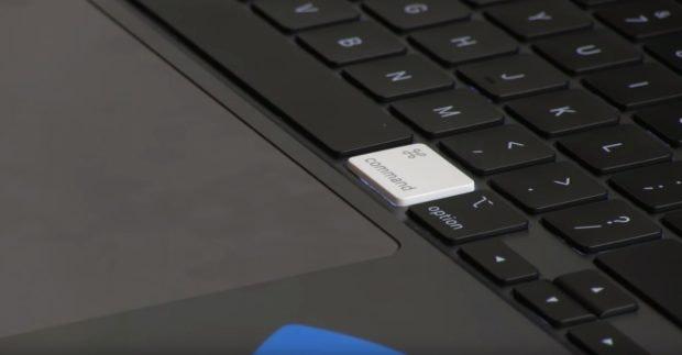 Macbook Pro 16 mit alter Taste des Magic Keyboards. (Screenshot: iFixit)