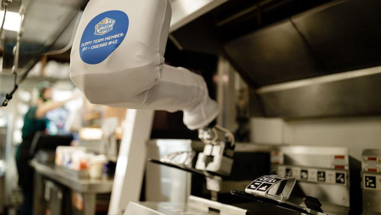 Älteste Fast-Food-Kette der USA verstärkt ihr Investment in Roboter-Kräfte