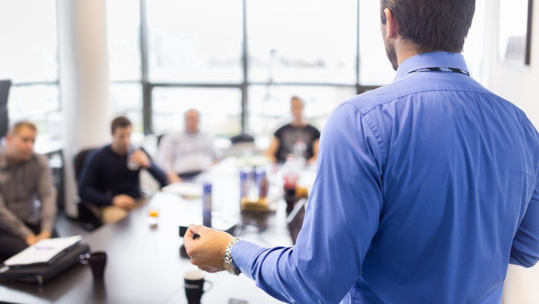 9 Tipps und Thesen: So führst du phygitale Teams positiv