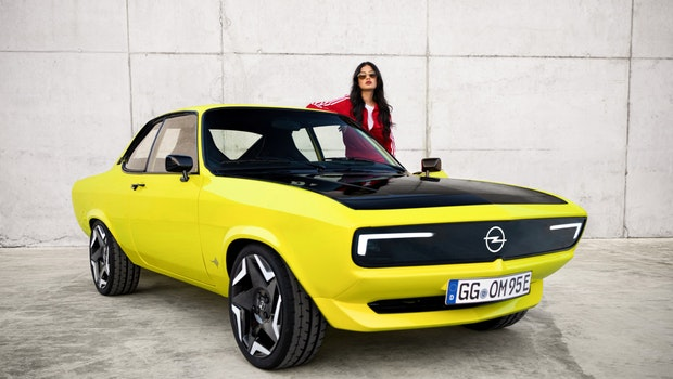 Das Elektro-Coupé Manta GSE ist wie das Original aus den 70ern designt. (Foto: Opel)