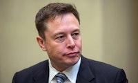 """Elon Musk gegen Jeff Bezos: """"Nur im Ruhestand, um Klagen gegen SpaceX einzureichen"""""""