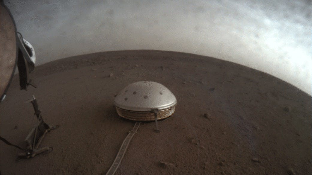 Three studies show what Mars looks like inside