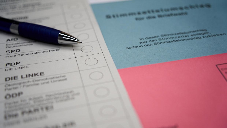 Wählen per Smartphone? Wie die Blockchain-Technologie Briefwahlen revolutionieren könnte