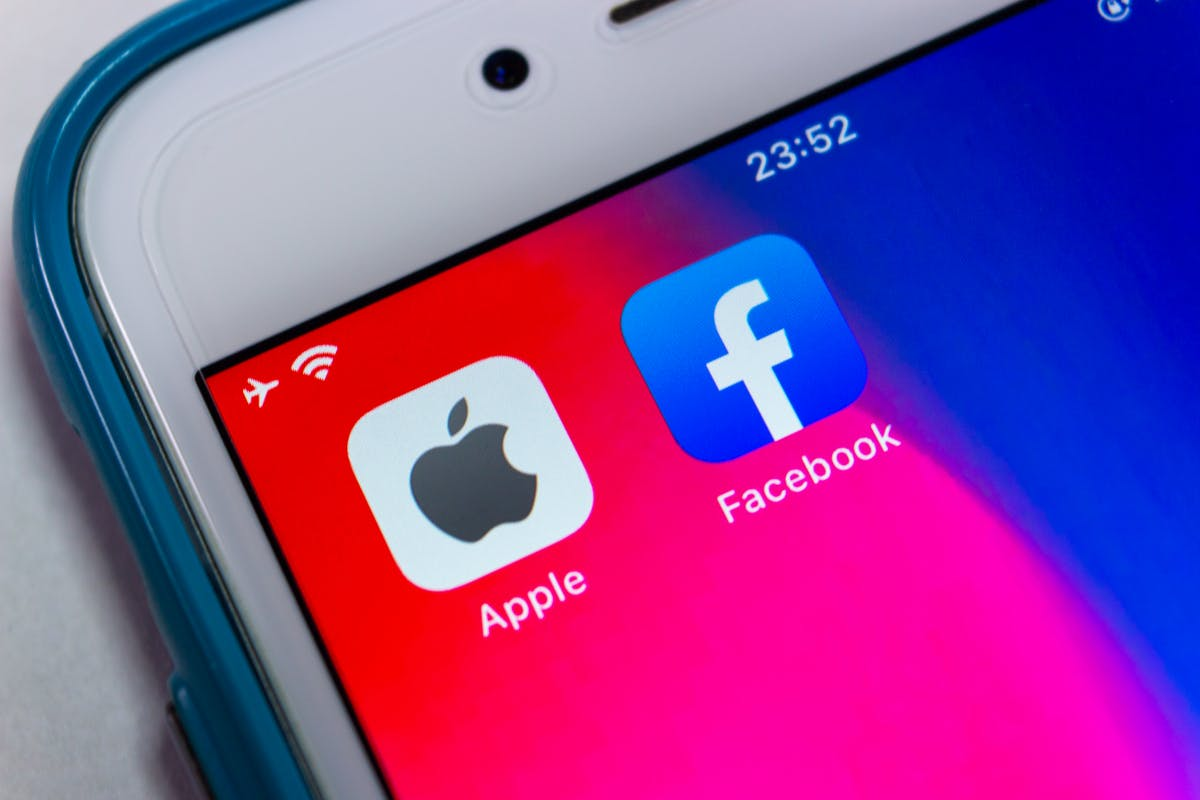 Facebook share drops after losses due to Apple's tracking opt-in