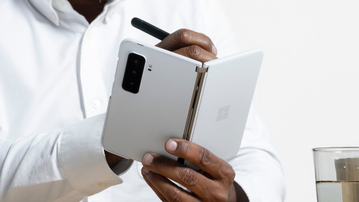 Microsoft Surface Duo 2 starts in Germany
